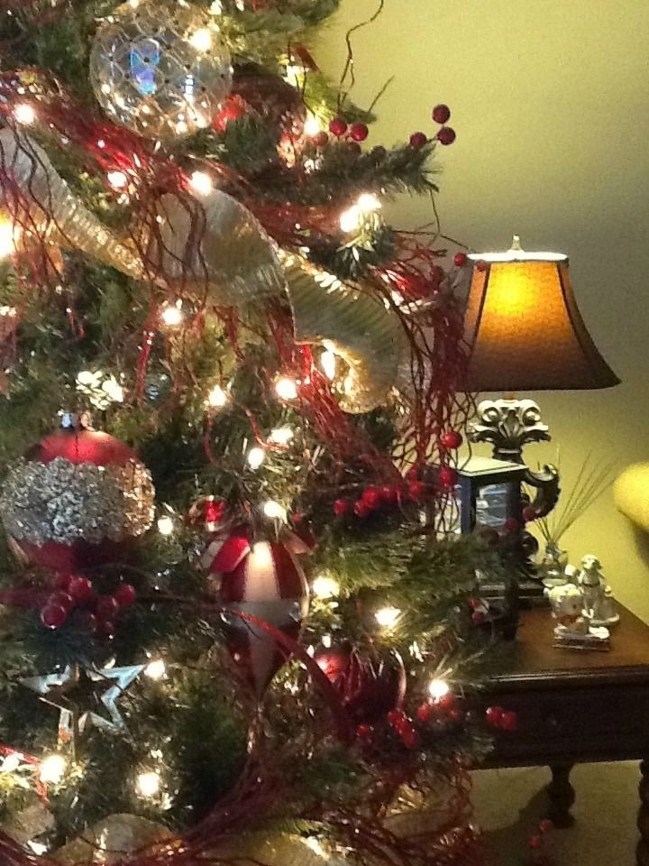 photo credit pia gonzales frontgate holiday decor challenge beautiful christmas - Frontgate Christmas Trees