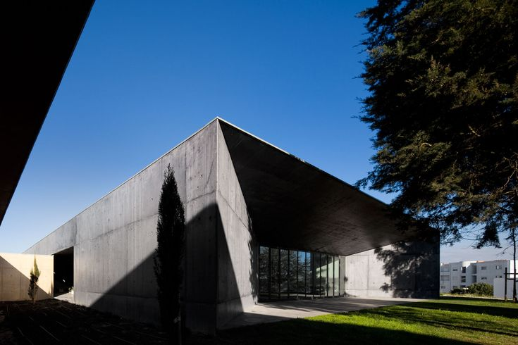 Atelier Central Arquitectos . Montemor-o-Velho School . Montemor-o-Velho . Portugal ©Fernando Guerra, FG+SG Architectural Photography