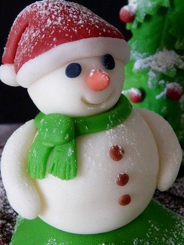 Bonhomme neige modelage pâte à sucre 1