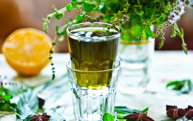 liquore alla menta preparato in casa