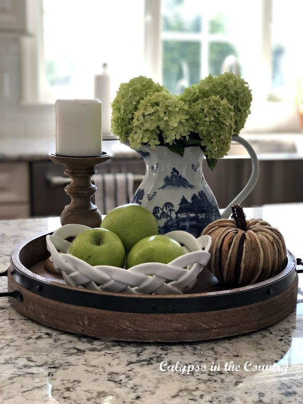 Round Tray Vignette With Hydrangeas On The Kitchen Island Kitchen Tray Decor Round Tray Decor Kitchen Table Decor