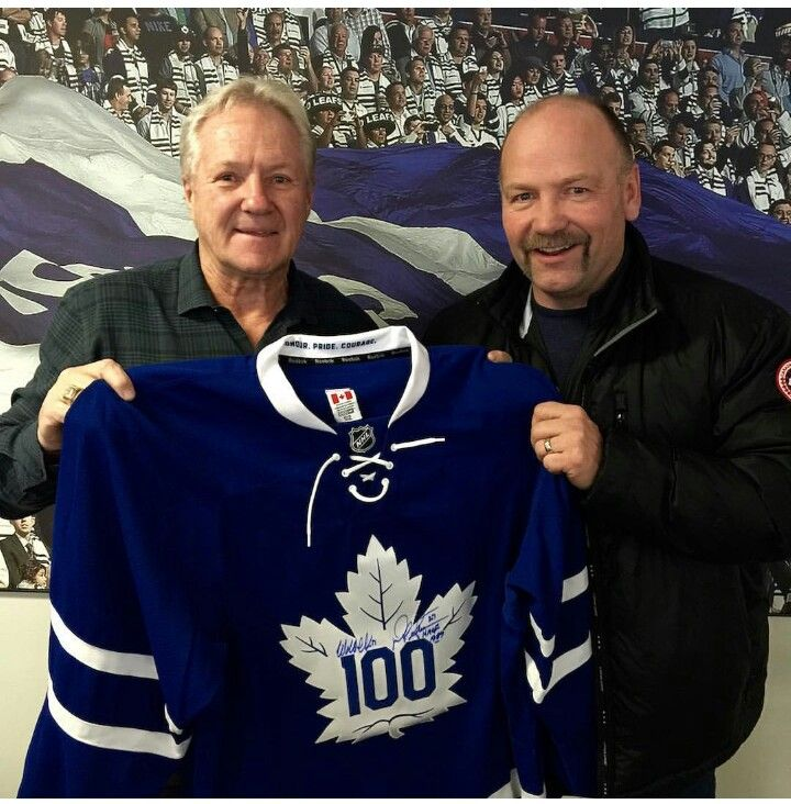 ❤Darryl Sittler & Wendel Clark two of the most amazing Toronto Maple Leafs to ever play the game