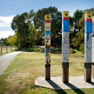 Shiraz Trail : The trail can be accessed from the Mulberry Lodge paddock. Bring your bikes & enjoy cycling or walking the trail, vineyards on either side and beautiful views of the Willunga Hills, glimpses of the sea in the distance. www.mclarenvaleguide.info