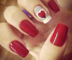 8 ideas originales para decorar tus uñas con esmalte