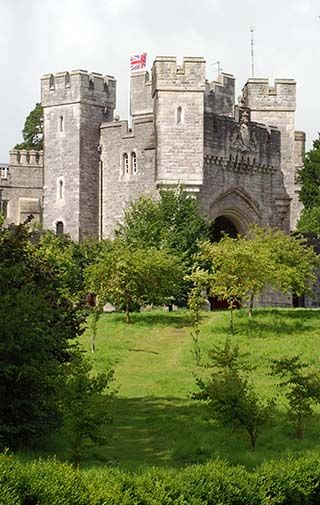 Arundel Castle, West Sussex, England. Seat of the Dukes of Norfolk and set in 40 acres of sweeping grounds and gardens Founded in 1067