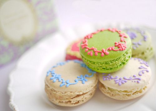 : Cookies, Patterns Design, Pretty Macaron, Good Ideas, Floral Patterns, Food, French Macaroons, French Macaron, Teas Parties