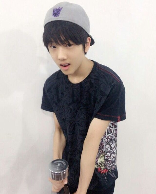 Jisung   S.M.Rookies   He's so cute