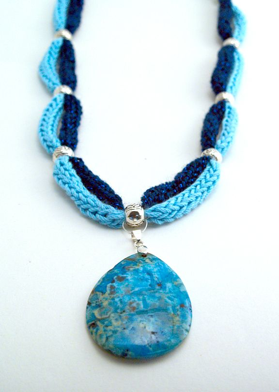 french knitting for necklace