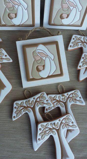ceramica come mestiere: Tau albero della vita e piccolo quadro Sacra Famig...