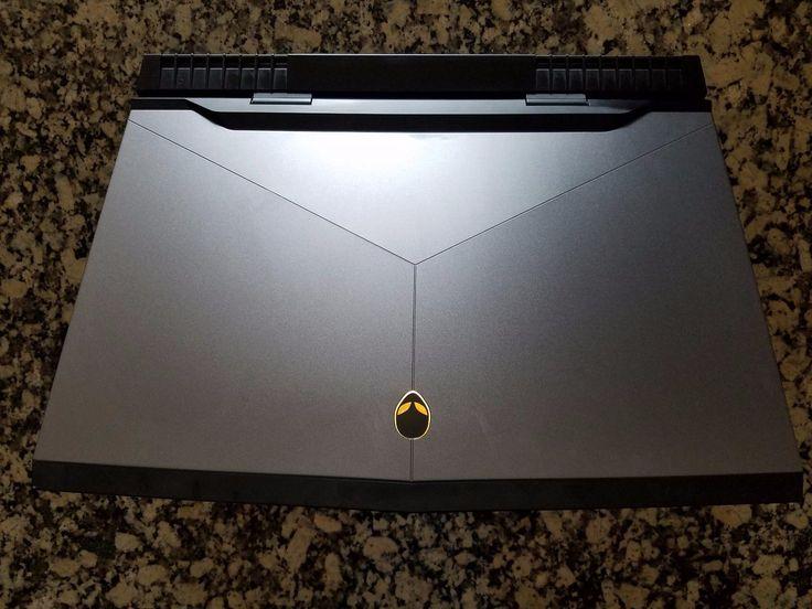 Alienware 17 R4 Notebook (i7-6820HK GTX 1070 256GB SSD 1TB HDD 16GB RAM)