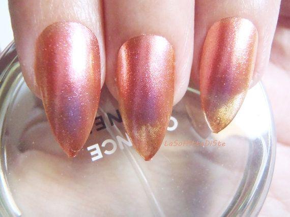 pink chameleon stiletto nails orange pink glitter glue on almond chameleon nail polish false nails pointy fashion acrylic lasoffittadiste