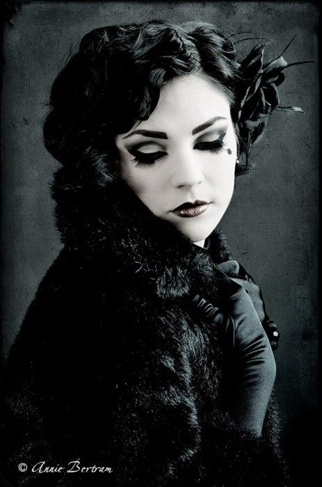 17 Best Images About Gothic/Victorian/Masquerade On Pinterest | Gothabilly Steam Punk And Curls