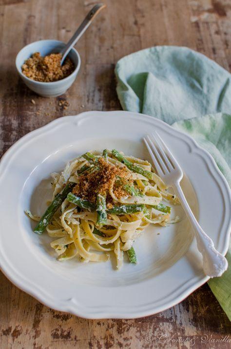 grüne Bohnen mit Zitronenpasta und Knoblauchbröseln - green beans with lemon pasta and garlic crumbs by Coconut & Vanilla