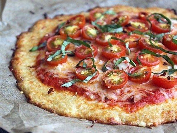 Receta de pizza sin harina (con menos calorías que la pizza convencional) - BlogHogar.com