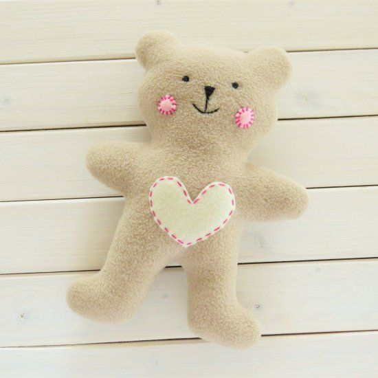 Learn to sew a simple teddy bear, a cute baby gift with free pattern and step by…