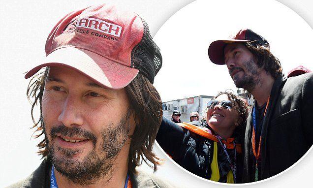 Matrix star Keanu Reeves reveals patchy beard as he attends Australian MotoGP | Daily Mail Online