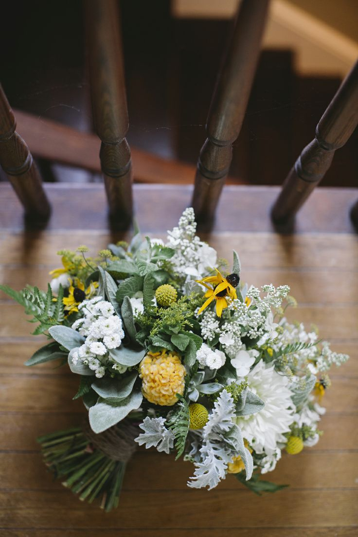 spring bouquet // photo by Love Me Do Photography, flowers by Love n Fresh Flowers // http://ruffledblog.com/handmade-new-jersey-wedding