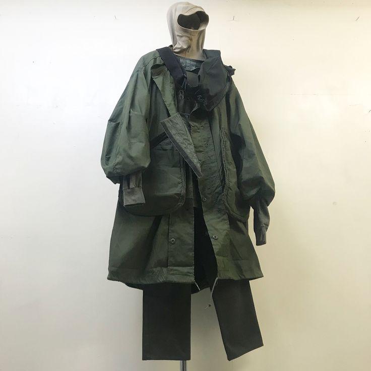 いいね!136件、コメント1件 ― ZEN SOURCE CLOTHINGさん(@zsctokyo)のInstagramアカウント: 「1990s UK DOUBLE BUMBAG 1983s US ARMY FISHTAIL PARKA 1980s US ARMY TACTICAL VEST 1990s HARLEY…」