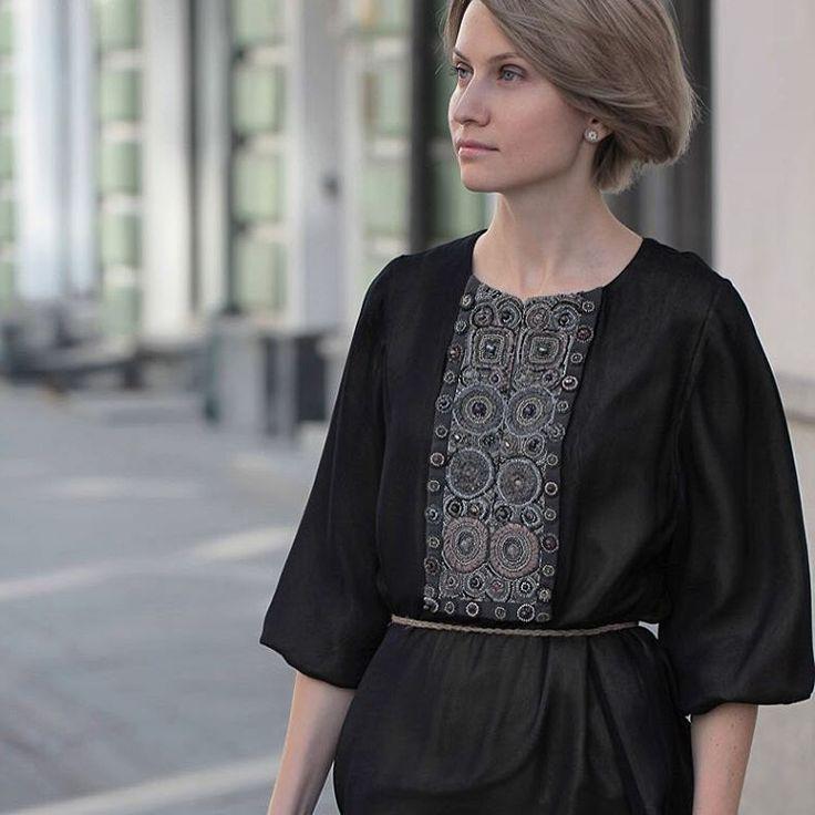 «Платье в пол. Но эта модель также хороша и с длиной до середины икры. _______________________________________ www.levadnajadetails.com Идея нашей марки…»