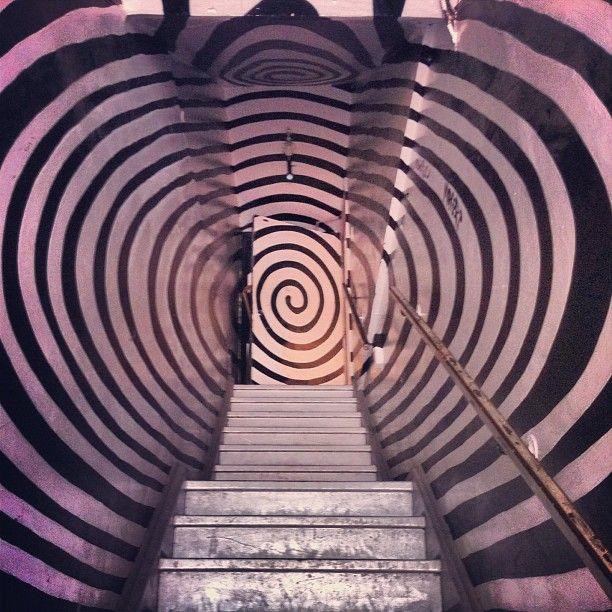 Best Ashley Lempiala Toronto Stairs Illusion Take The 400 x 300
