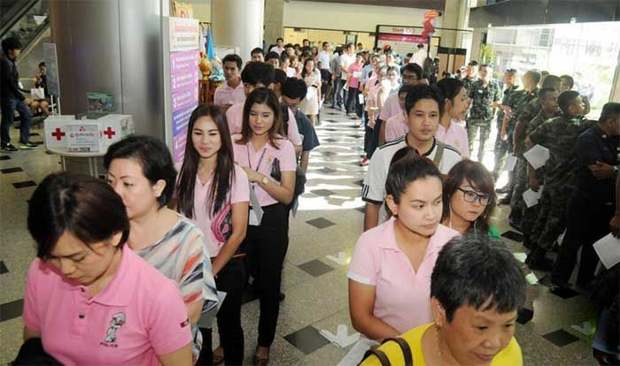 thai-people-flock-to-red-cross-to-donate-blood-for-helping-the-injured.