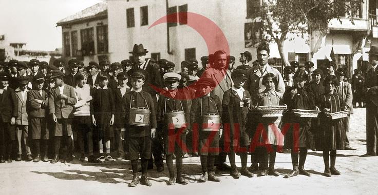 1930-1935 Arası Bağış Toplayan Öğrenciler