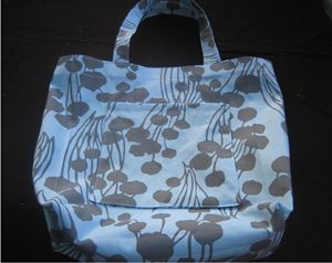 sewing this bag from Vinyl tablecloth material..