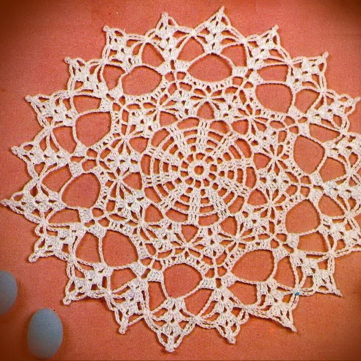 Crochet Art: Crochet Free Pattern of Wonderful Doily
