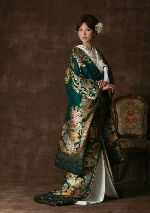 Shinto wedding costume. Japan