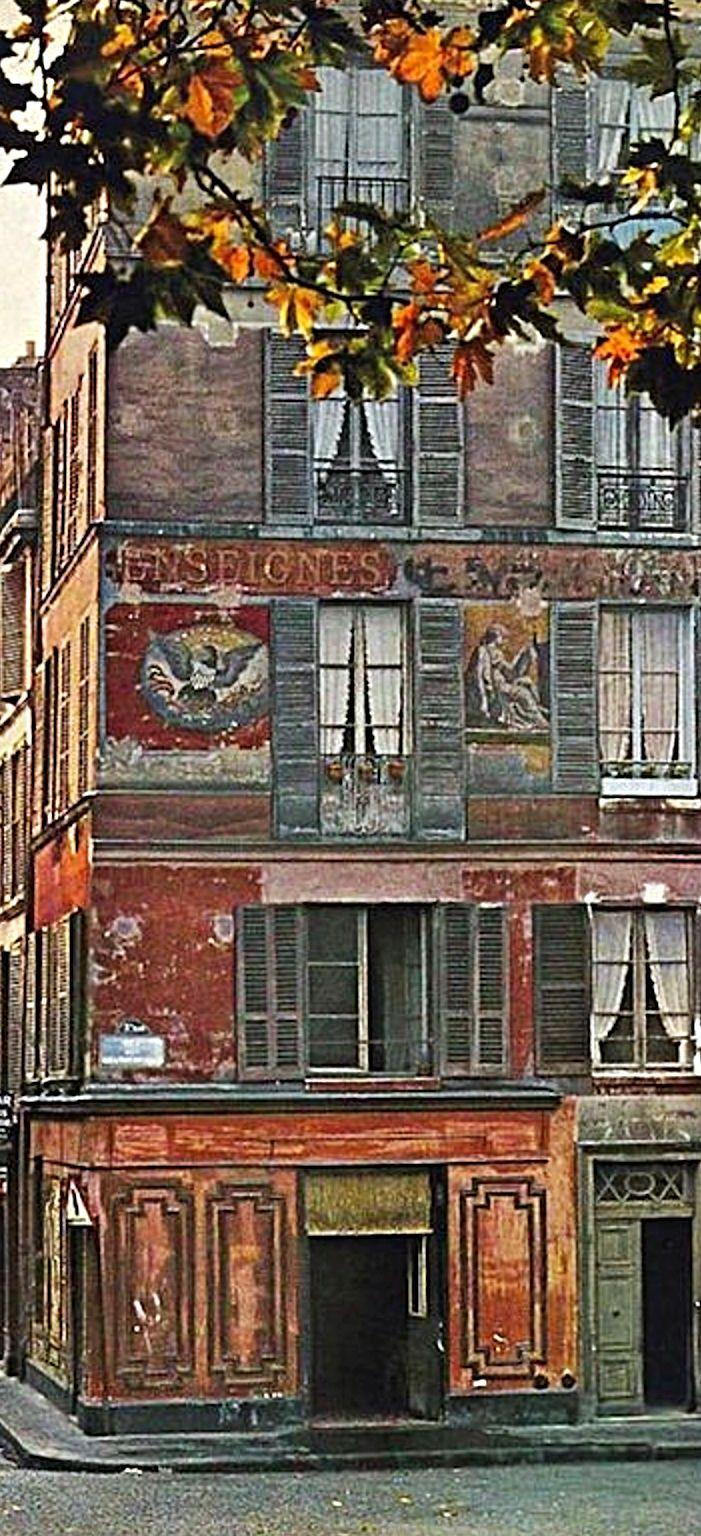 Automne couleurs rouge et orange. . .Paris