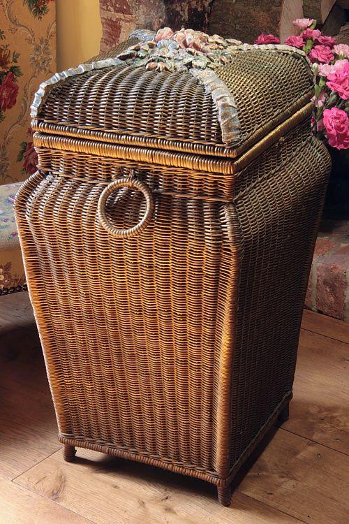 Vintage Home - Beautiful Golden Barbola Linen Basket.