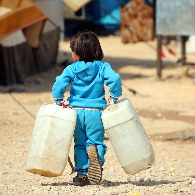 Un bambino iracheno scappato con la sua famiglia da Mosul #Hasakeh #Siria