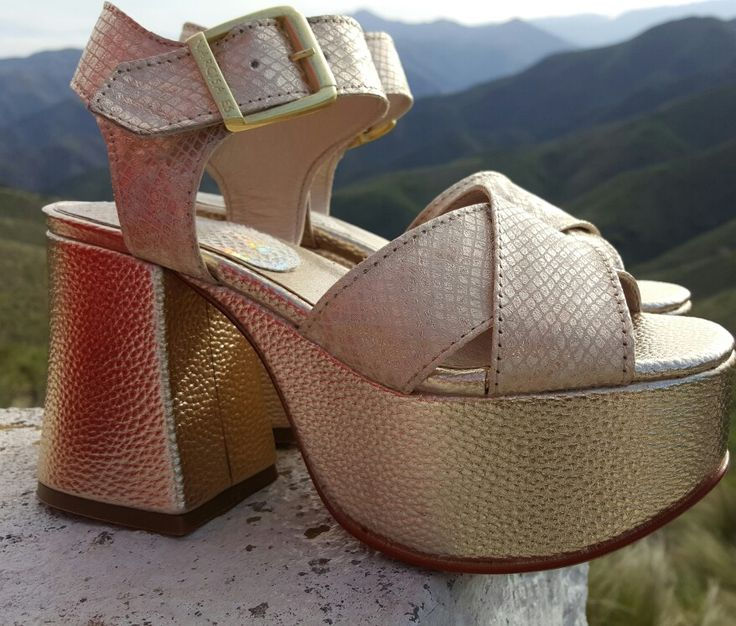 Art. 7001. Oro. Bellasss