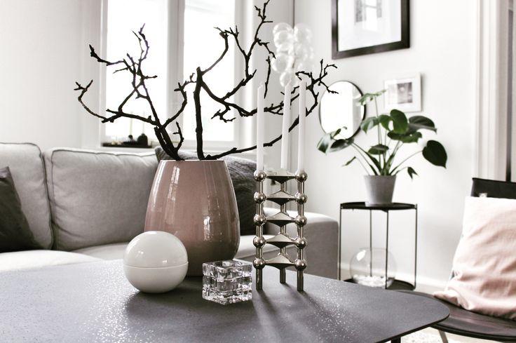 Nyt sofabord - se hvilket på min blog www.lykkestunder.dk