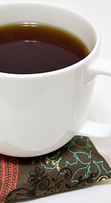 The heat of the mug warms up the coaster and releases the scents inside.  ❊