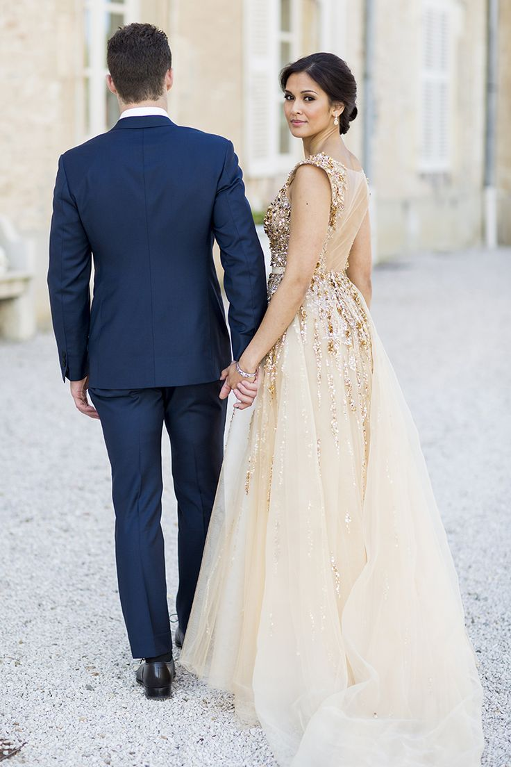 332 best wedding dresses images on pinterest idaho wedding a gatsby inspired chateau de varennes wedding in burgundy france glitz and glam celebrating into the night with their guests complete with fireworks ombrellifo Image collections