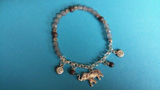 Armband grijs olifant. te bestellen via dails@hotmail.com