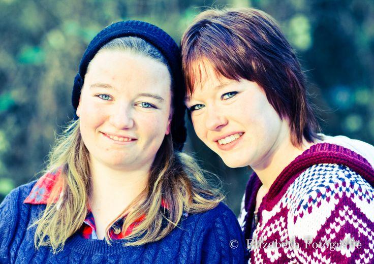 Lotti & Amy  #sister #love #family   #zussen