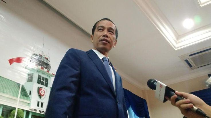 Beritaragam.com -Penyidik POM TNI menetapkan 3 tersangka dari unsur militer dalam kasus dugaan penyimpangan pengadaan helikopter Agusta Westland (AW) 101. Instruksi Presiden Joko Widodo diketahui berada di balik pengungkapan kasus itu.   #Beritaragam #dugaan #Heli #Instruksi #Jokowi #korupsi #Pengungkapan