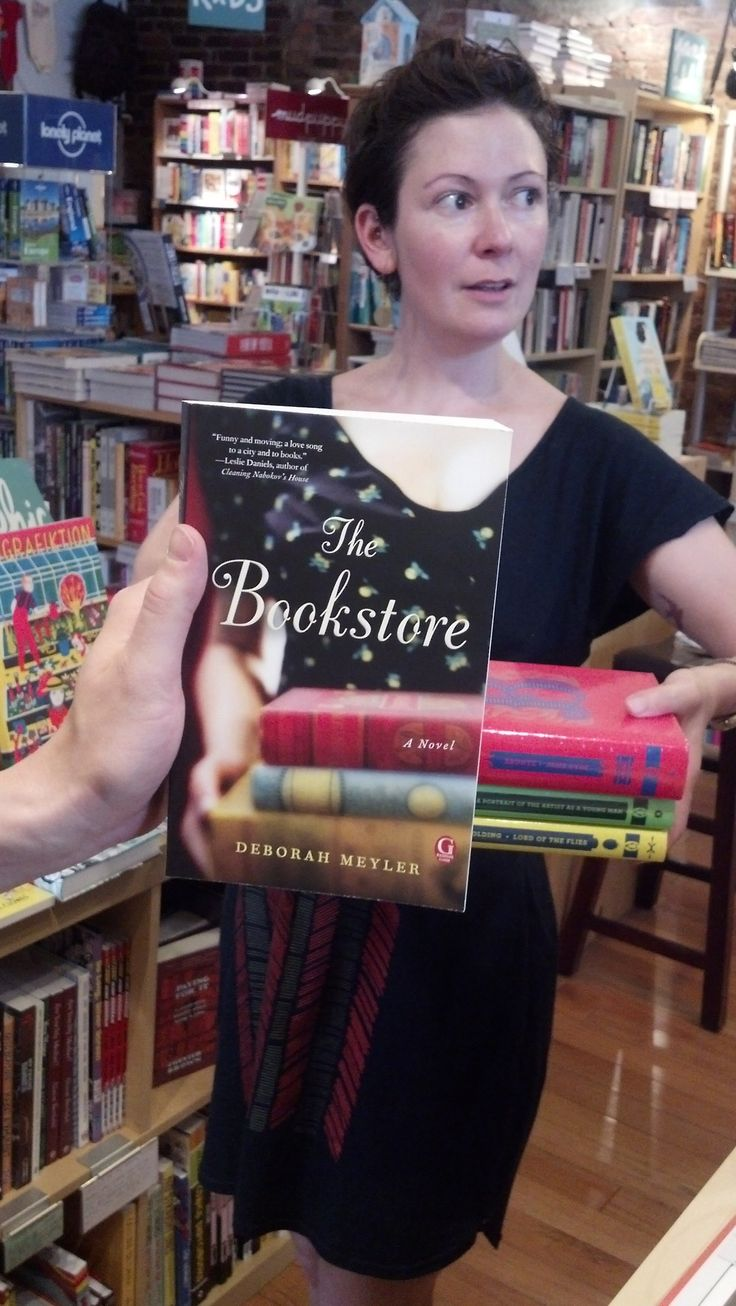 simonschusterca:  wordbookstores:  It's almost too perfect, don't you think? Thanks for all the great photos, Simone.  Nice!