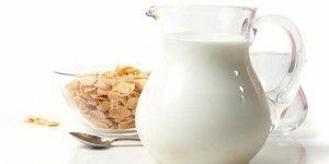 Jogurty i mleko to podstawa zdrowego odżywiania każdego dziecka.