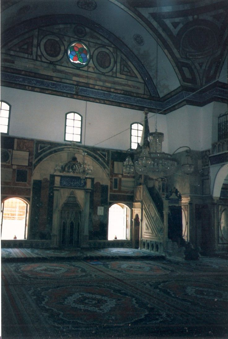 Inside the Great Mosque of Acre  photo mirjam Bruck-Cohen