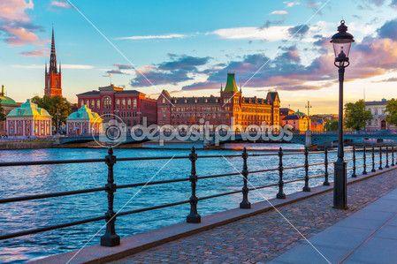 Cênica pôr do sol em Estocolmo, Suécia — Imagem de Stock #14130781