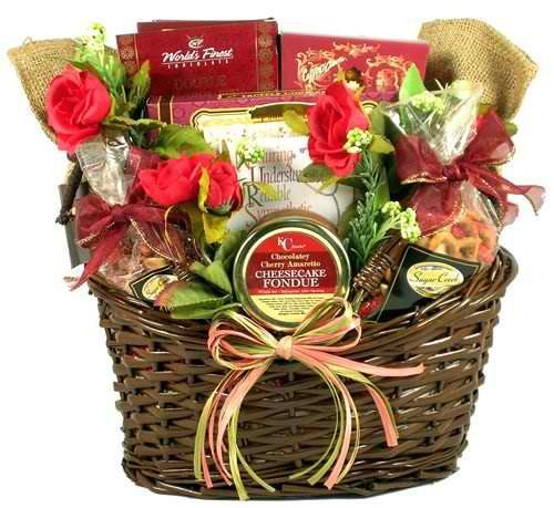 15 Awesome Gift Basket Ideas for Nurses: http://www.nursebuff.com/2014/08/nurse-gift-basket-ideas/