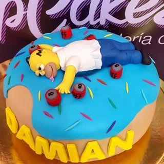 Les Simpsons | 19 gâteaux impressionnants qui réjouiront tous les nerds