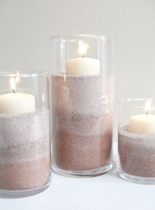 DIY: ombre colored sand: Colored Sand, Colors Sands, Idea, Food Colors, Flowers Centerpieces, Beach Themed Bathrooms, Sands Candles, Beaches Theme Bathroom, Ombre Color