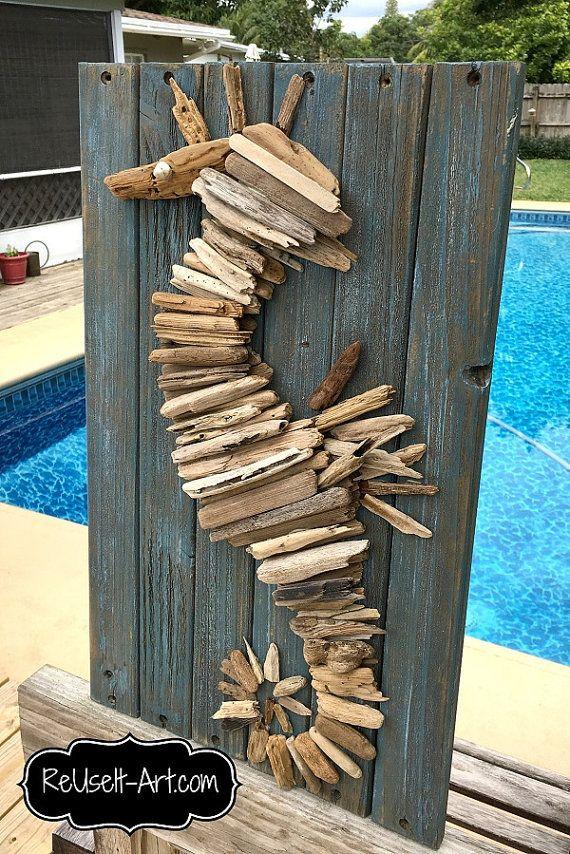 Signe de bois bois flotté hippocampe Upcycled par ReUseItArt