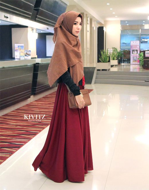 KIVITZ, gorgeous look and the colors go so well together, masha allah beautiful hijabi