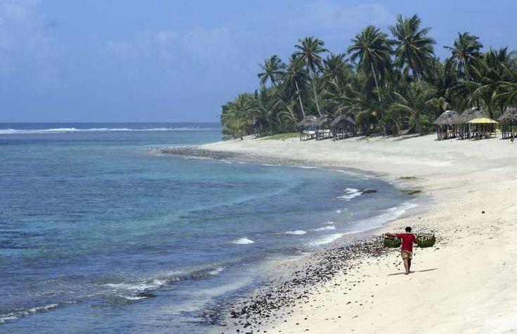 Coconuts, Samoa Até os surfistas profissionais têm dificuldades em não sair com suas pranchas destruídas ao surfar a clássica onda de Coconuts. A onda tem uma forma perfeita, mas quebra sobre um perigoso recife de coral Foto: Getty Images