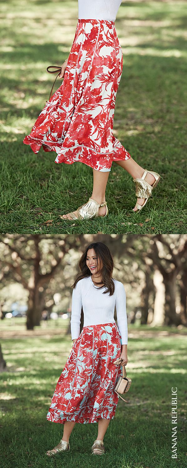 Style icon, Jamie Chung knows that sometimes all you need is one perfect bold, floral skirt to make even a simple tee feel special. Dressed up or down, this Banana Republic ankle-grazing maxi packs up well for long weekends, business trips and festival season. With heels and flats this is the one polished skirt you need for one perfectly polished summer. Shop this skirt now.